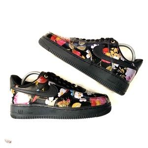 Nike Airforce 1 floral sneakers new!